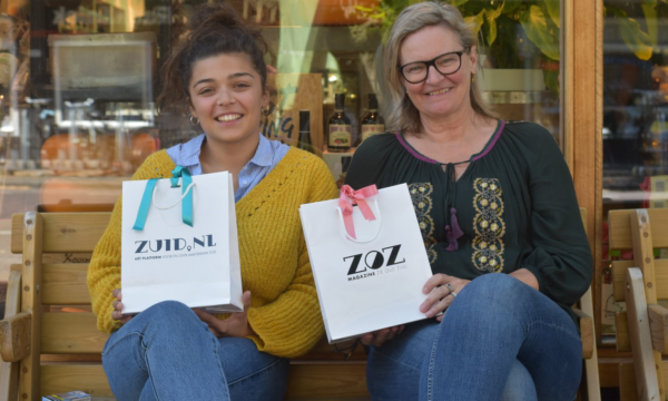 SURPRISE! GOODIEBAGS UITDELEN IN ZUID