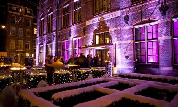 ZONDAG VINDT DE ALLEREERSTE VOGUE CHRISTMAS MARKET PLAATS