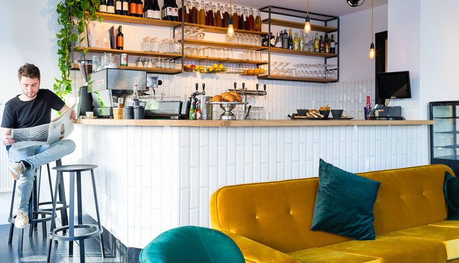 Bar Bouwmeester Rivierenbuurt