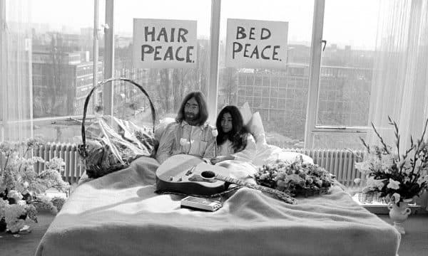 50 JAAR BED-IN FOR PEACE BIJ HILTON AMSTERDAM