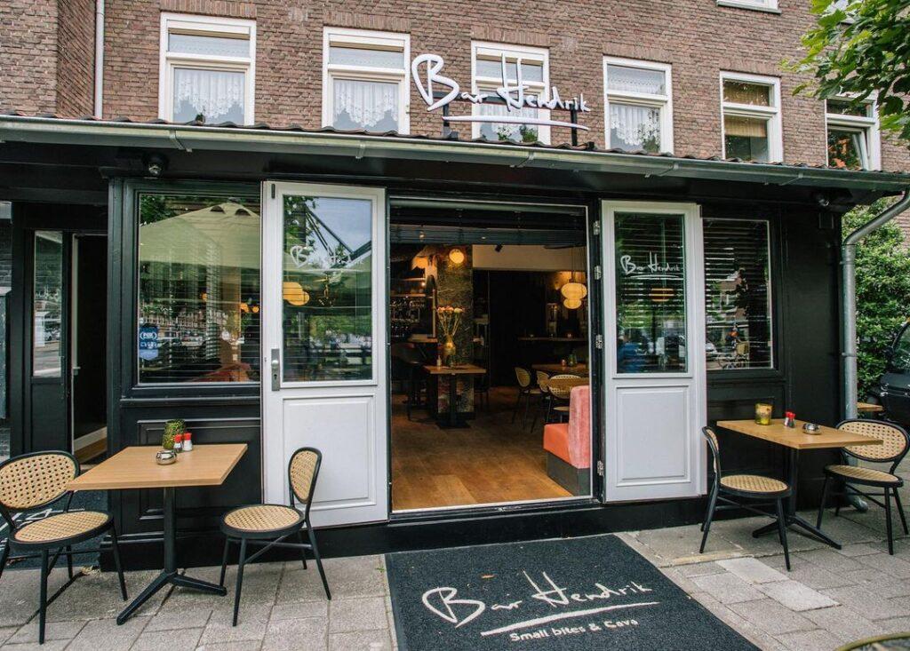 Bar Hendrik